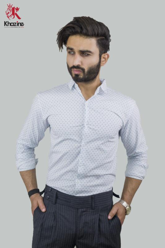 white shirt blue square dot